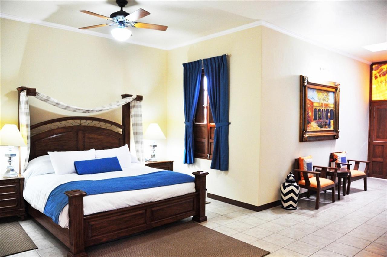 Habitaciones Master Suite, Gran Casa Sayula Hotel Galeria & SPA, Sayula, Mexico.jpg