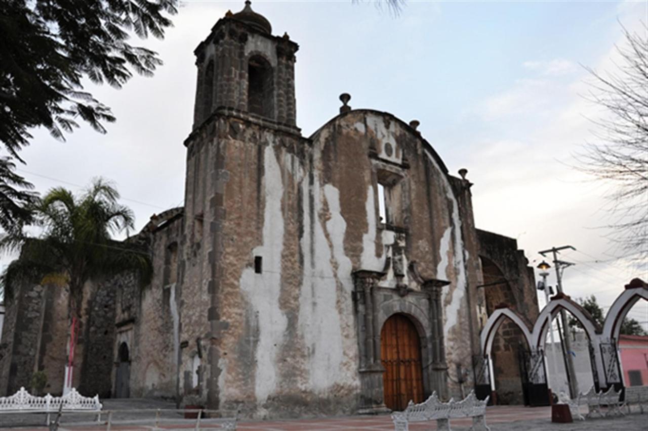 Former Franciscan Church, Explora Sayula, Gran Casa Sayula Hotel Gallery & SPA, Sayula, Mexico.jpg