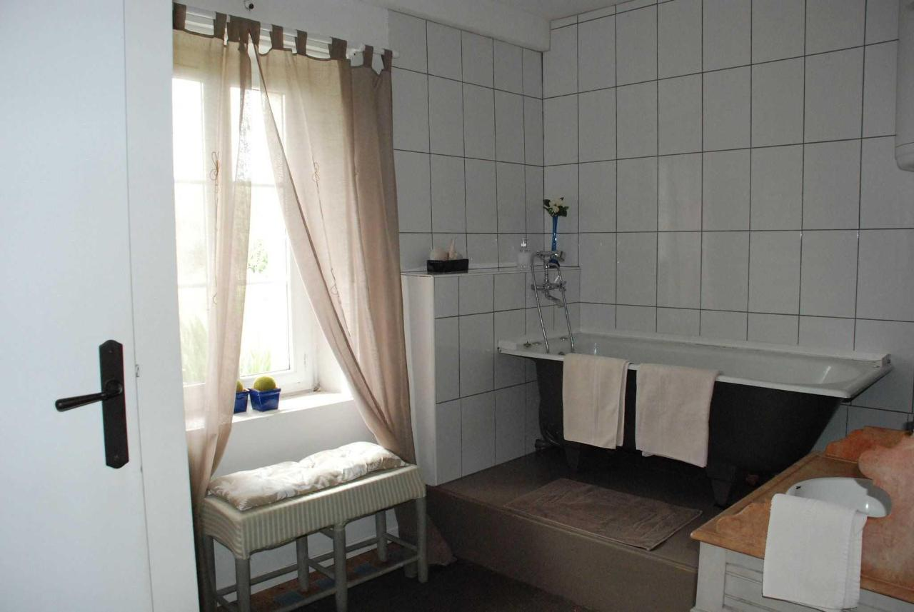 salle de bain de la chambre double.JPG