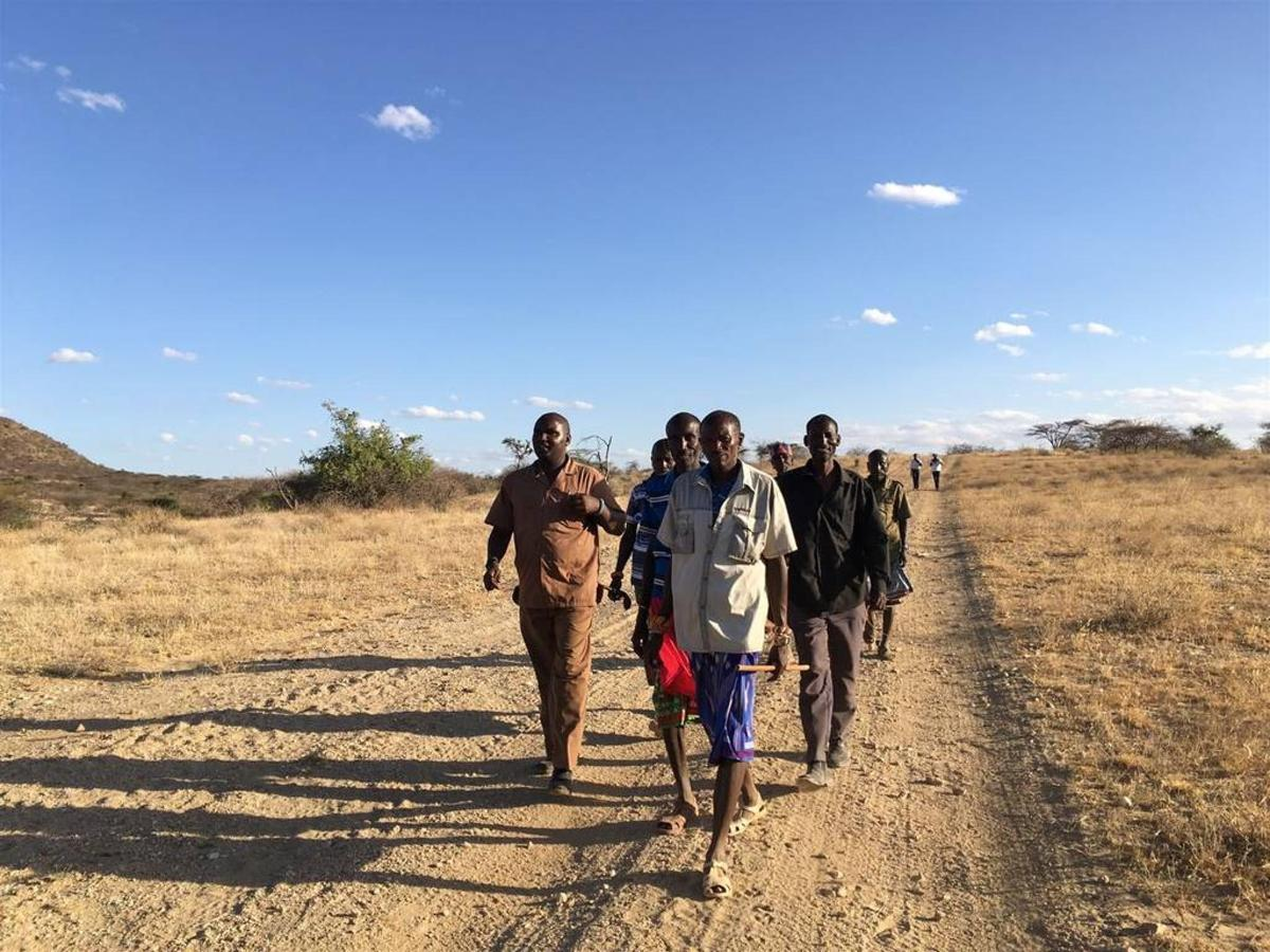 Sera Community Elders mapping the land.jpg