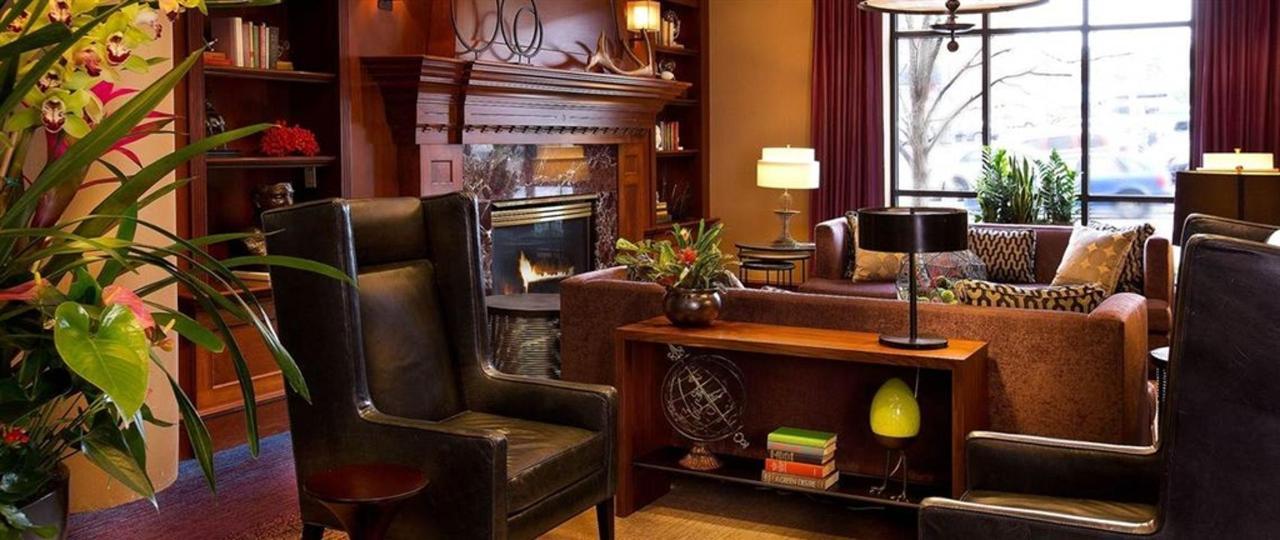 paramount-hotel-seattle-lobby-5-jpg-1140x481-default.jpg.1024x0.jpg