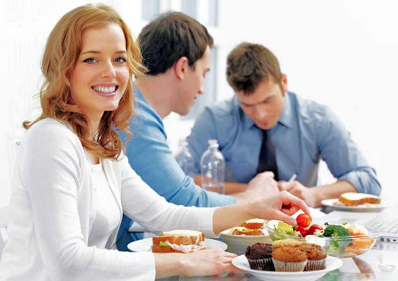 small-meetings-luncheons-lunch-1.jpg.1920x0.jpg