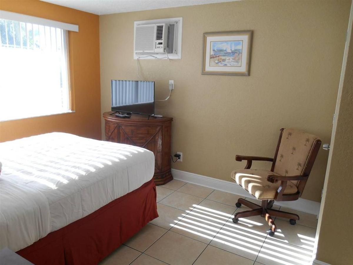 gus-room-322.JPG.1024x0.JPG