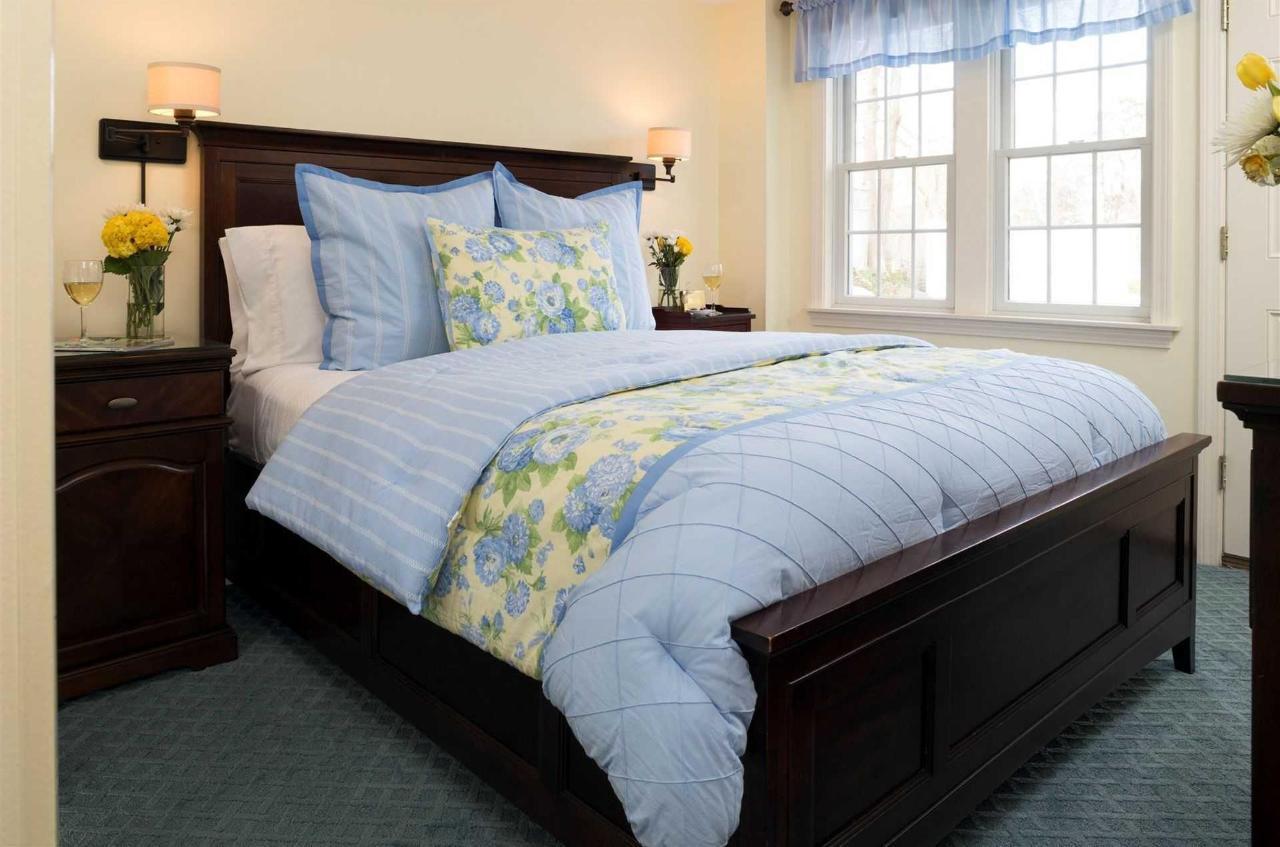 guestrooms-ryders-cove.jpg.1920x0.jpg