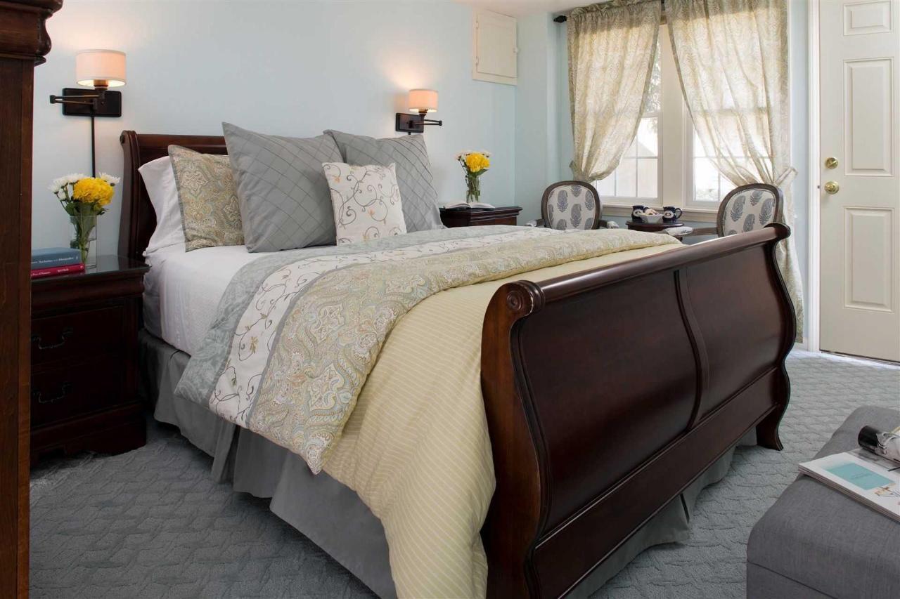guestrooms-pleasant-bay.jpg.1920x0.jpg