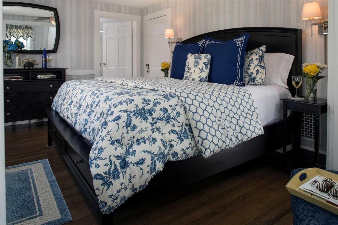 guestrooms-stage-harbor-1.jpg.1920x0.jpg