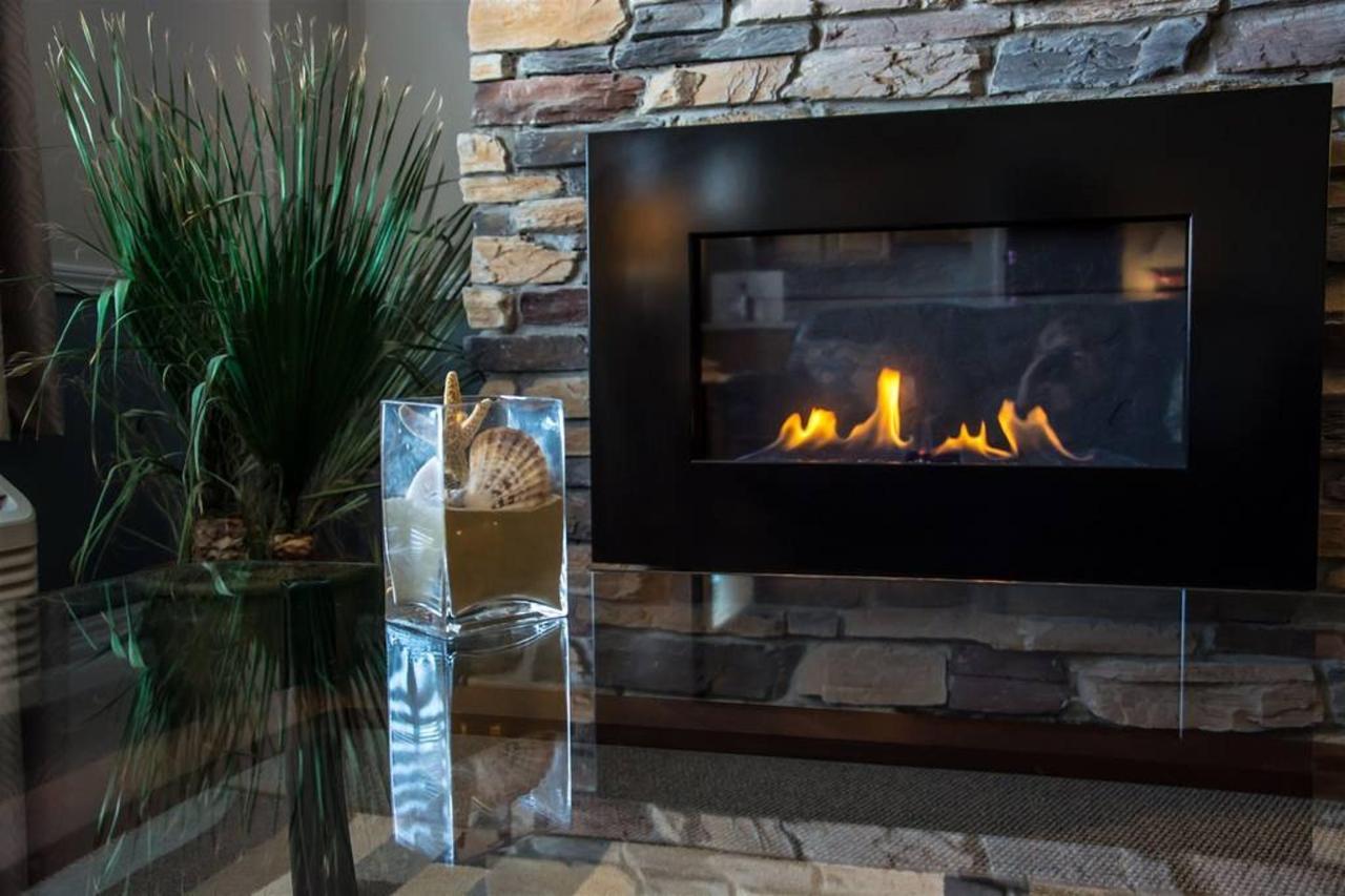 17-fireplace-1.jpg.1024x0.jpg