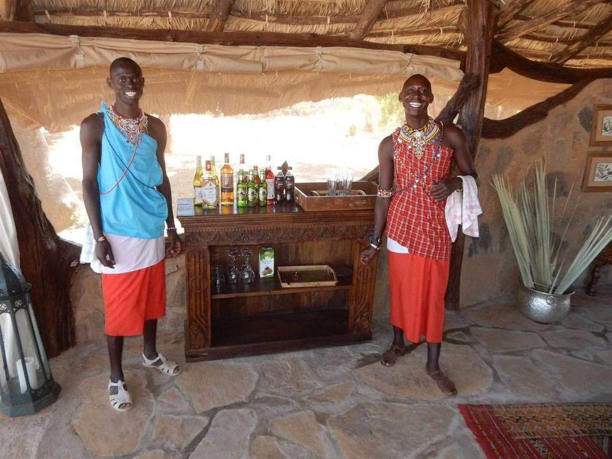 Saruni Rhino friendly waiters.jpg