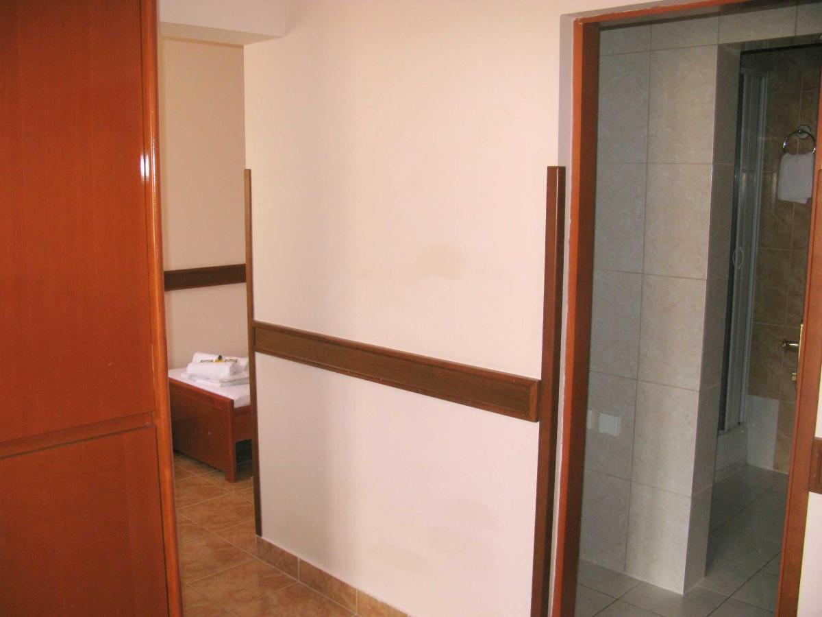 TRPL room SV.JPG