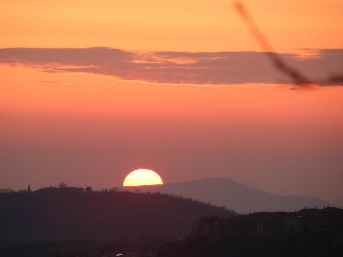 Puesta del sol en Borgo Tepolini