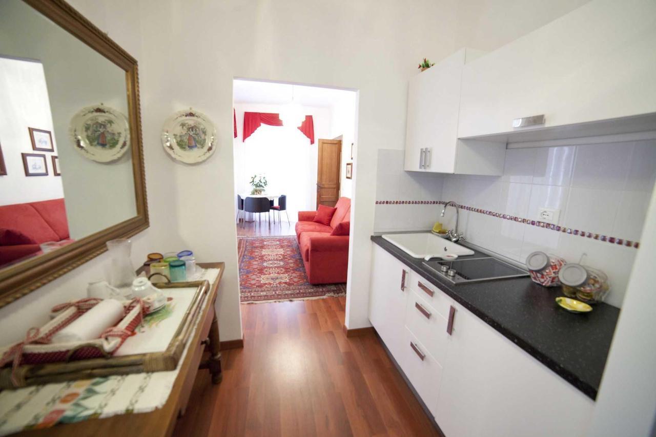 The Red Suite kitchen.JPG