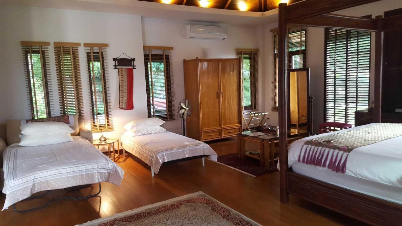 Bamboo Villa.jpg