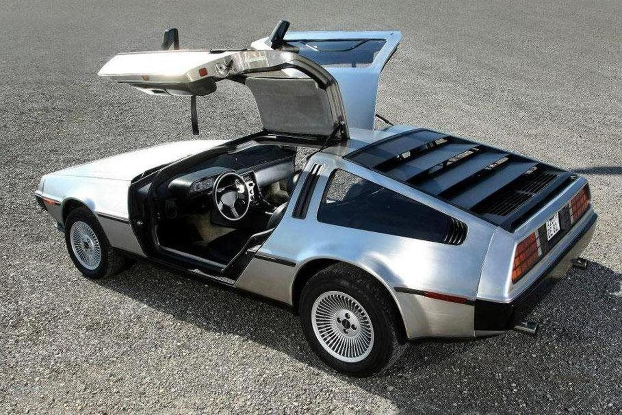 Delorean DMC12 for hire (only for fotos or as co-driver)