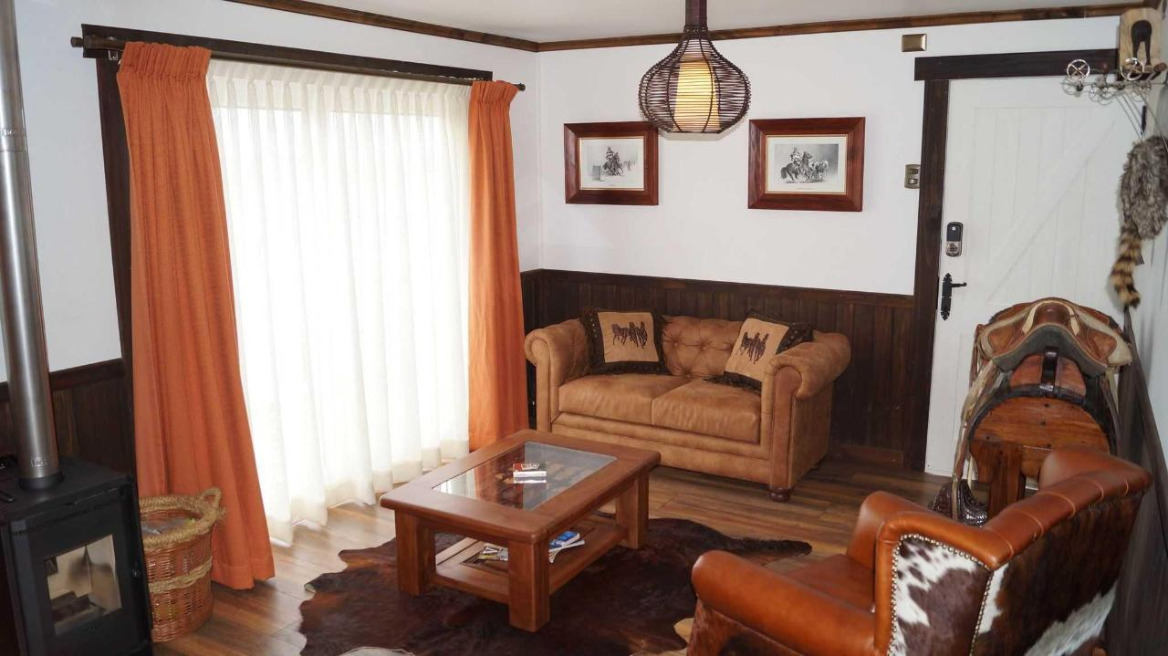 Salón Bungalow Rodeo
