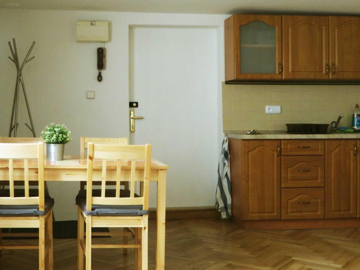 2 Bedroom Attic Apartment -main door to the apartment