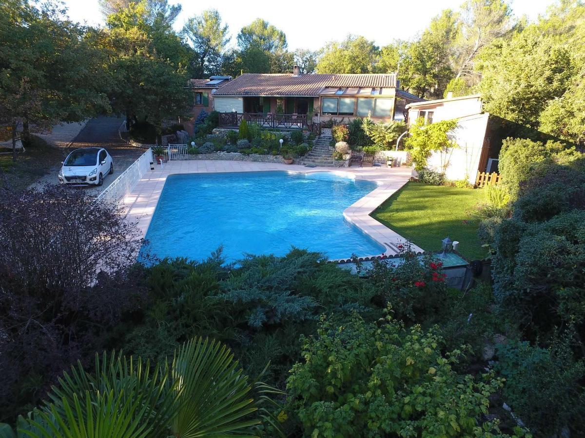 Вилла Виктория Экс-ан-Прованс, охраняемый и подогреваемый бассейн (105 м²) 13 м x 10 м