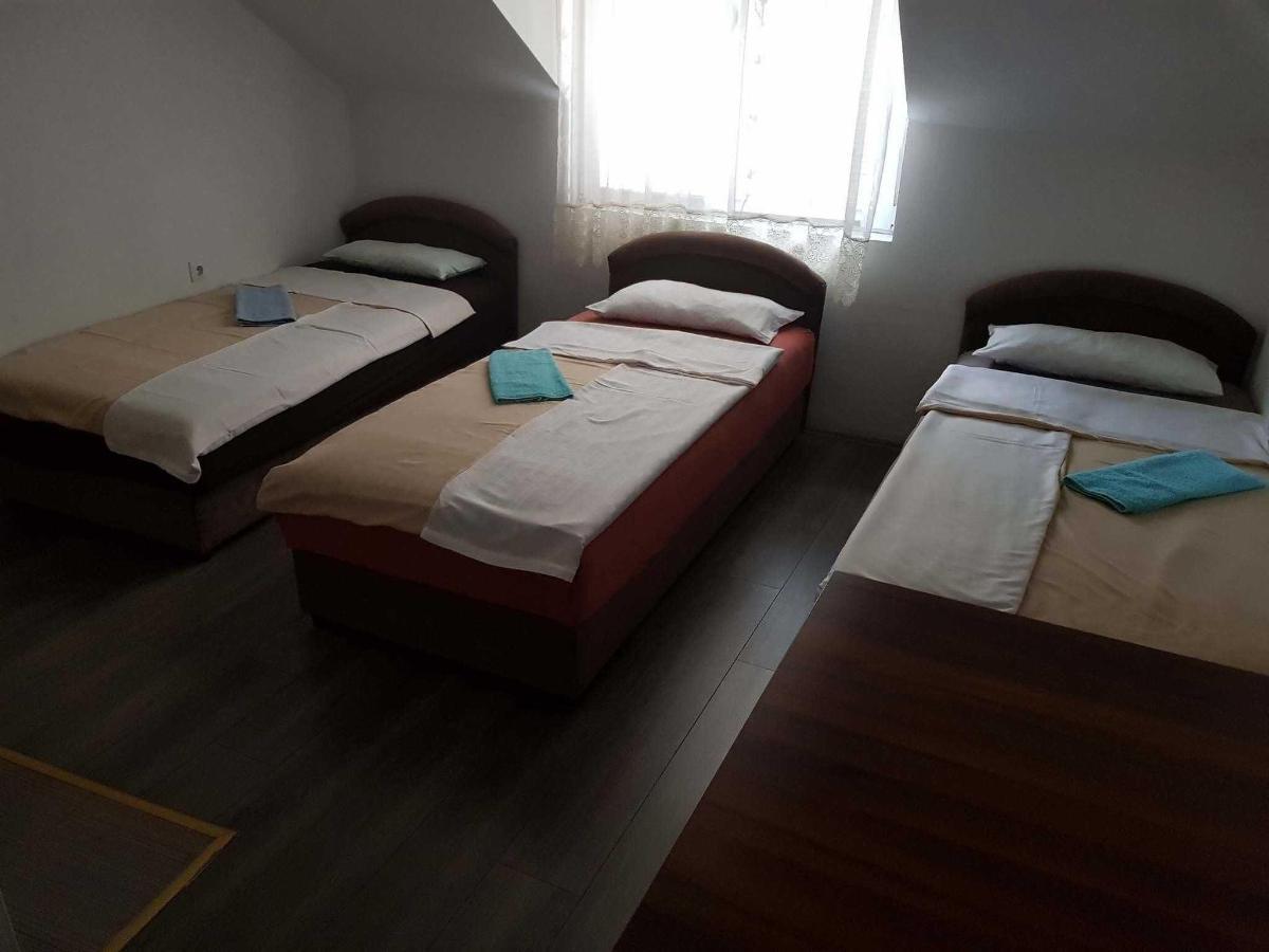 Apartman br.5