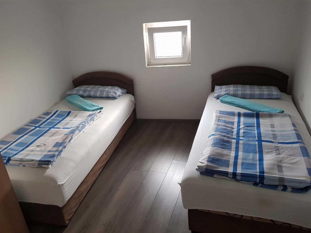 Apartman br.7