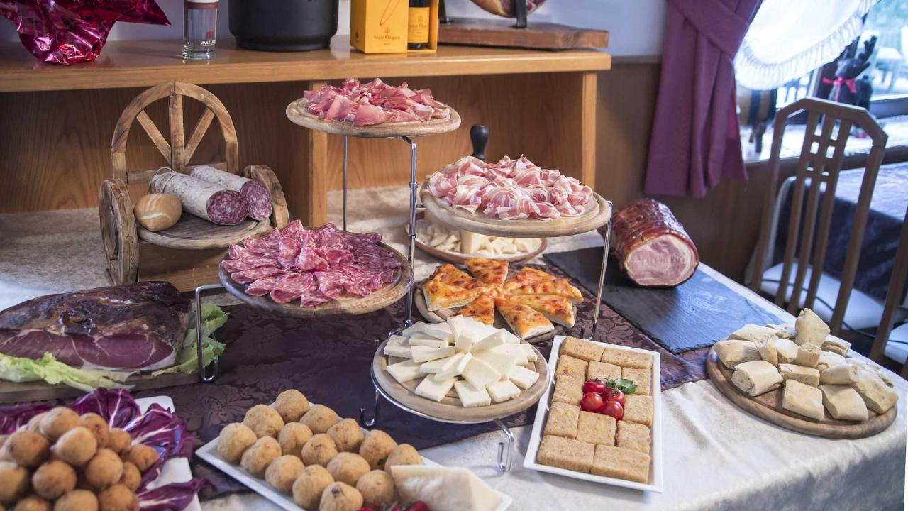 BUFFET DI ANTIPASTI
