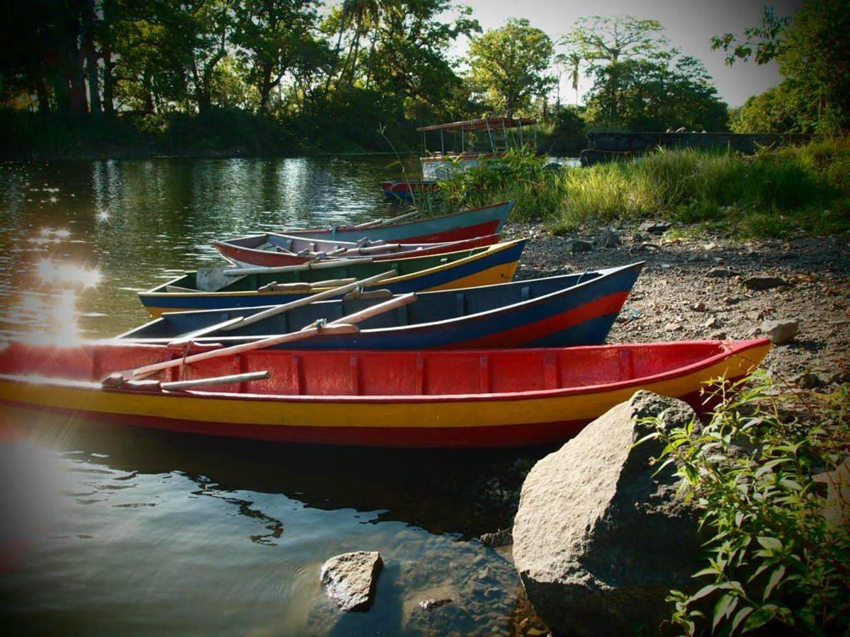 Wooden rowing boats used daily by the islander community.