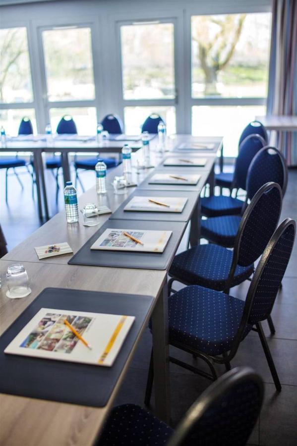 room-its-seminar-v-comfort-hotel-garden.jpg.1024x0.jpg