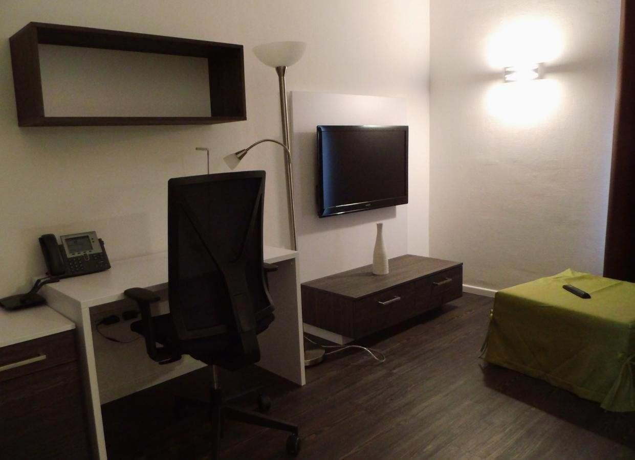 business apartment.jpg