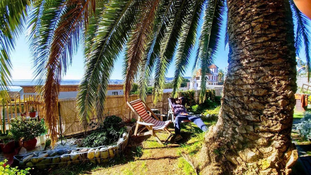 Jardín con vista al mar.jpg