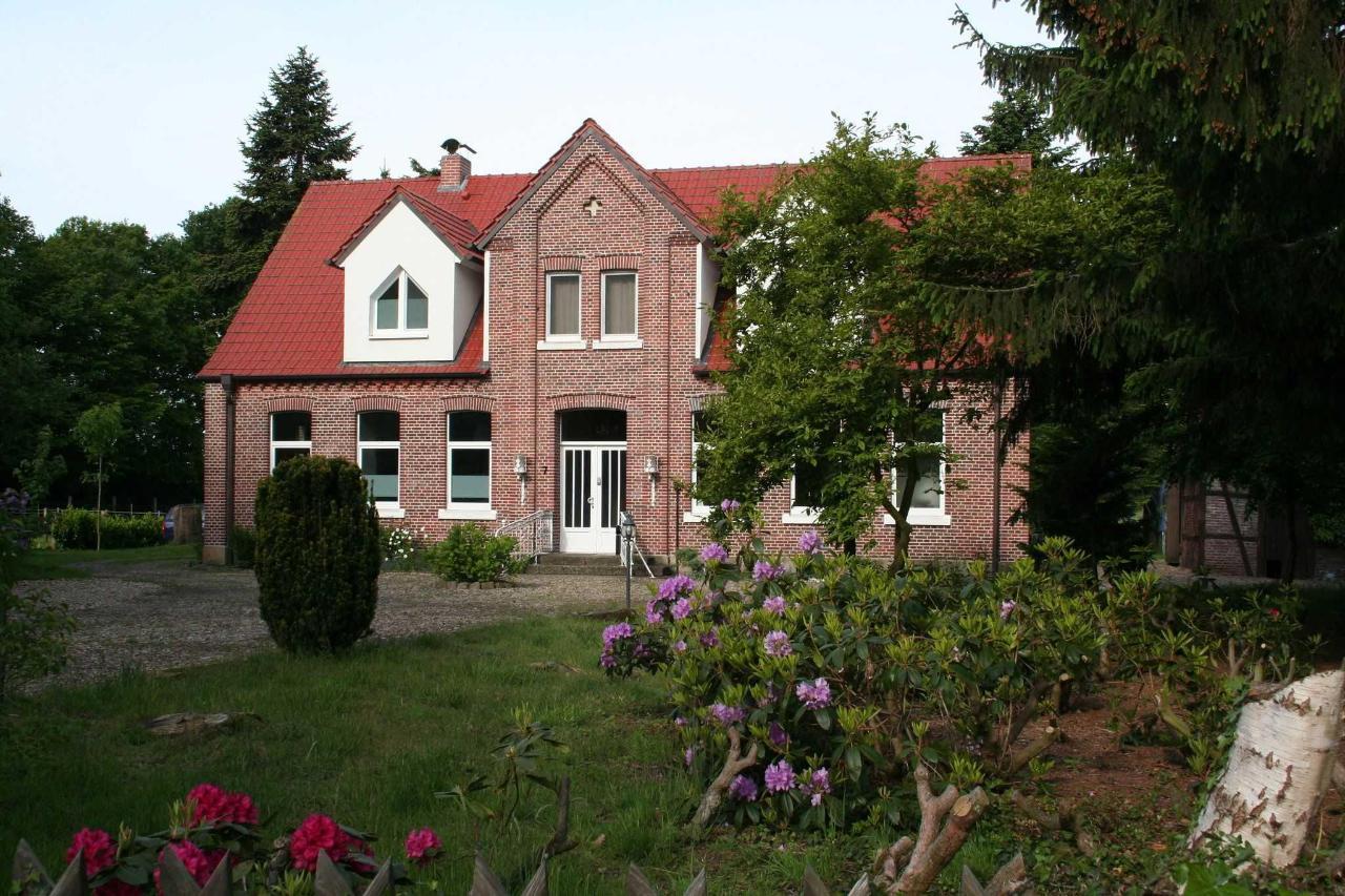 Building and garden.JPG