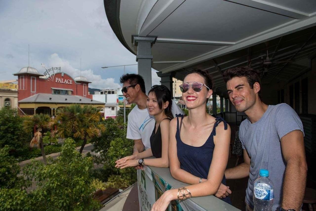 hides-hotel-balcony-cairns-city-centre.jpg