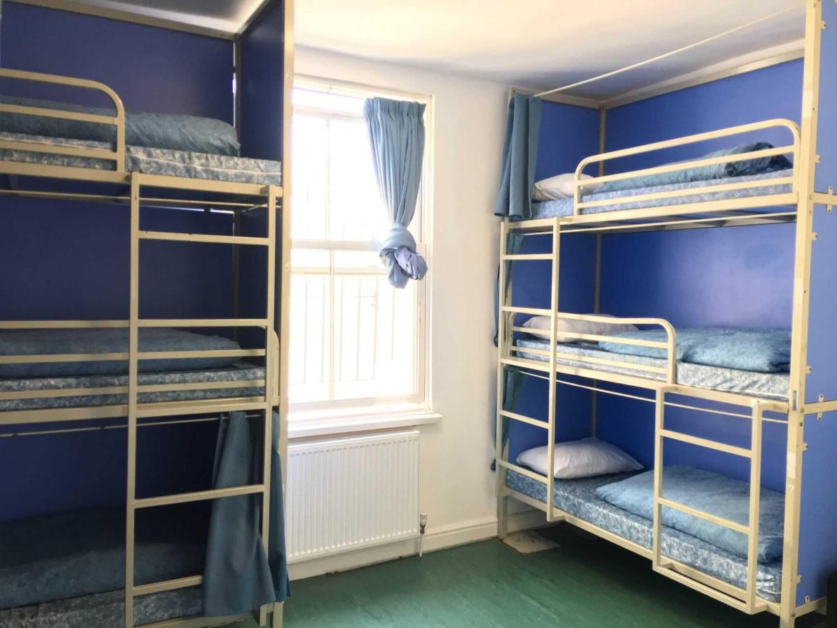 9-bed-1.JPG