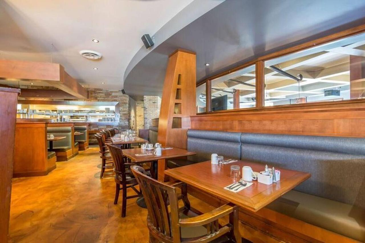 dining.jpg.1024x0.jpg