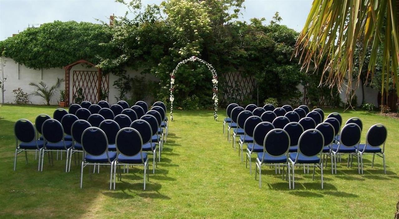 garden-wedding-41.JPG.1024x0.JPG