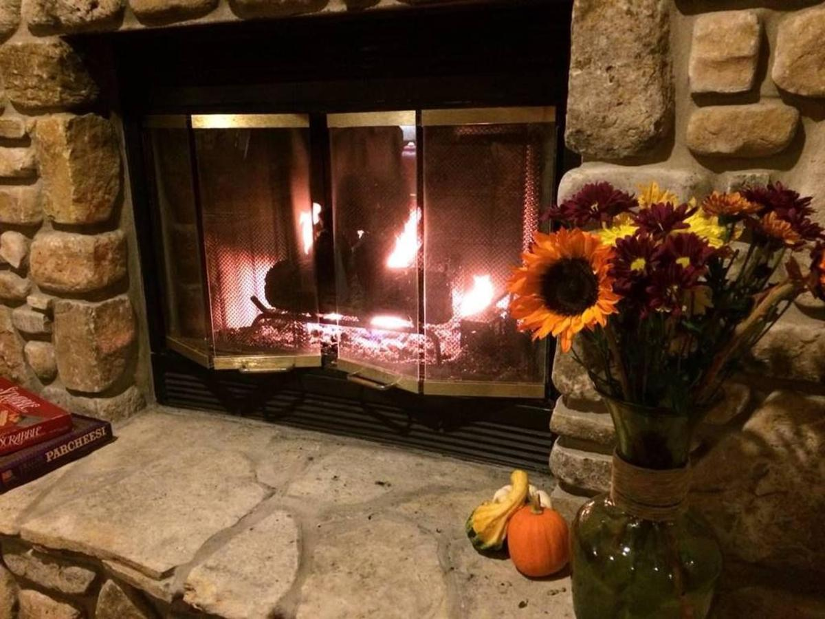 fireplace-and-sunflowers.jpg.1024x0.jpg