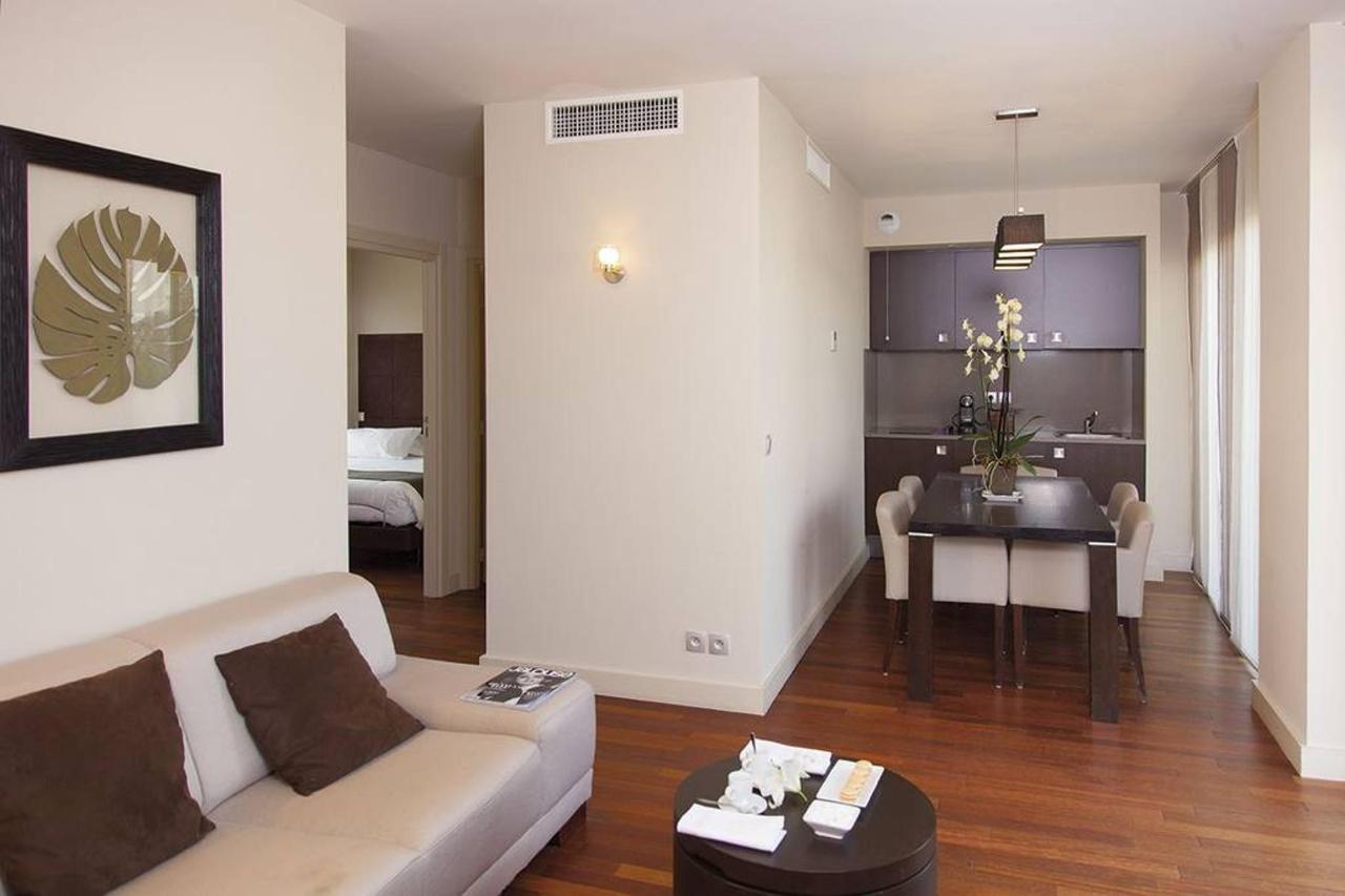 t4-suite-first-prestige.jpg.1024x0.jpg
