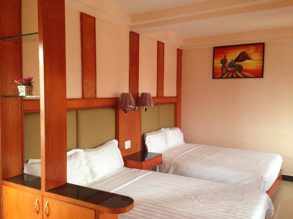 China Town Hotel.jpg