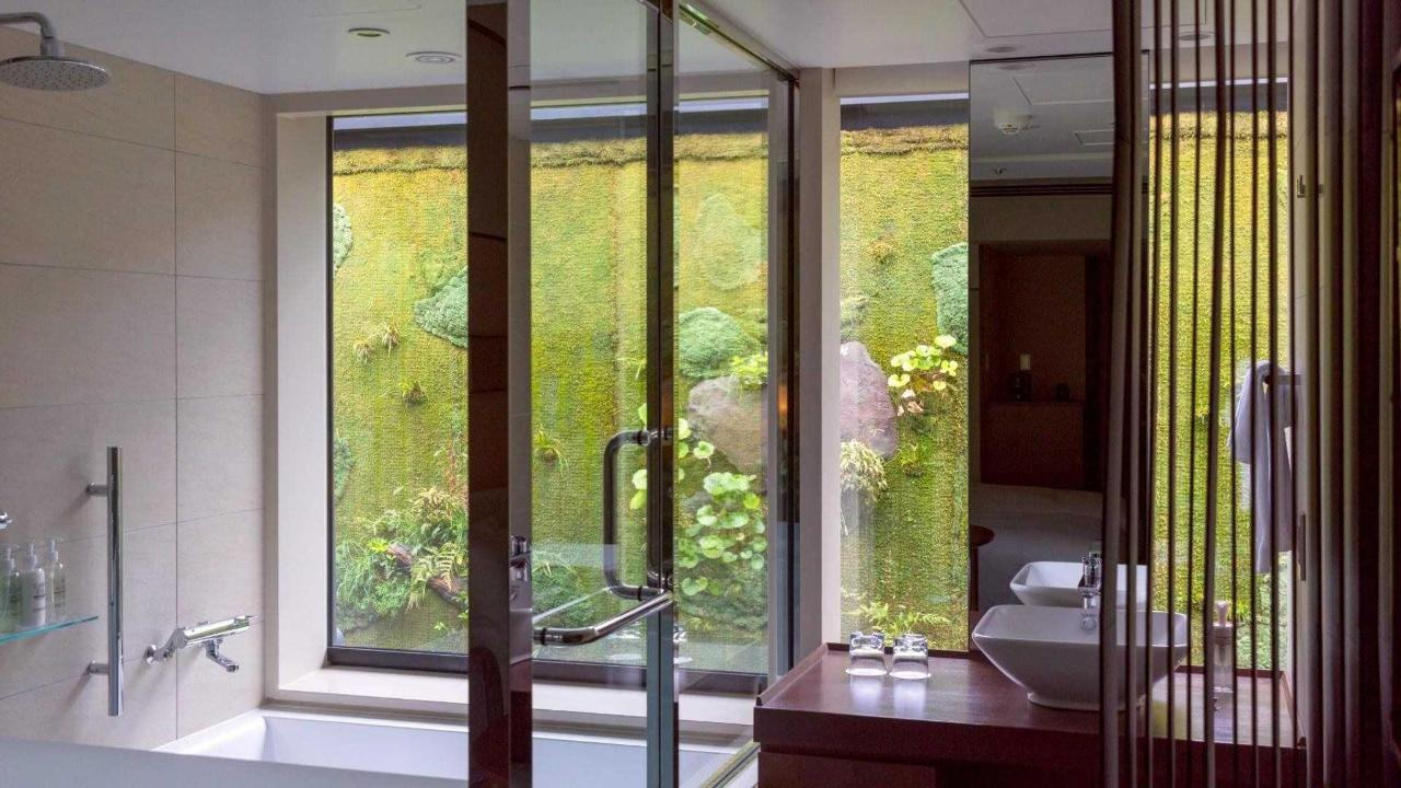 Twin Room with View Bath.jpg