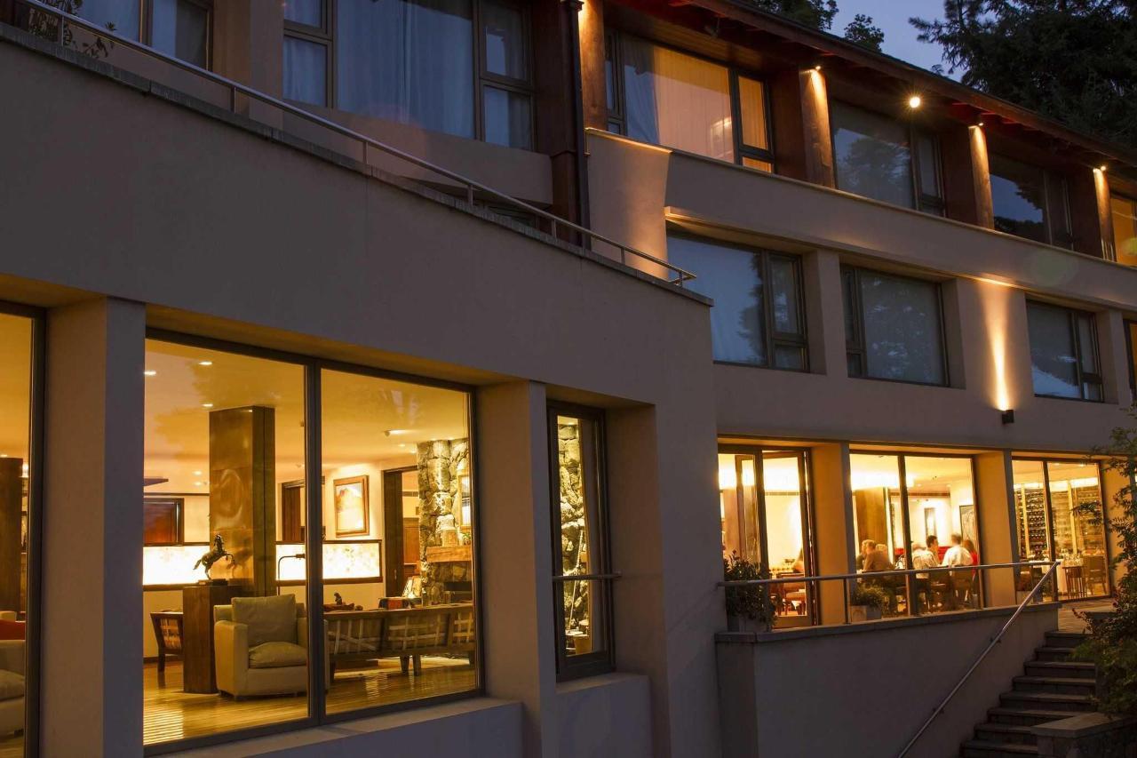 Restaurant y Lobby - Exterior - El Casco Art Hotel.JPG