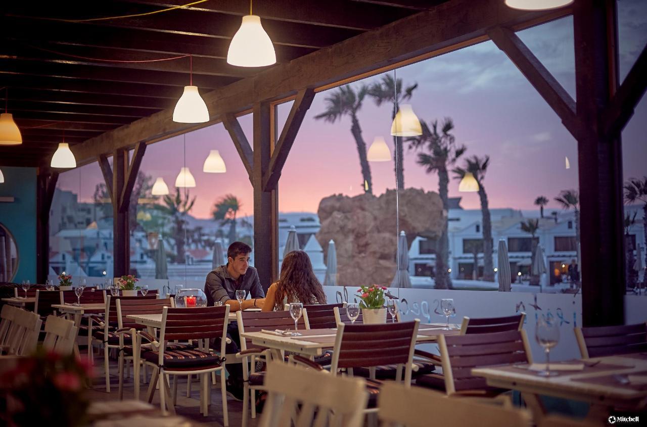 Romantic dinner at Lido.jpg
