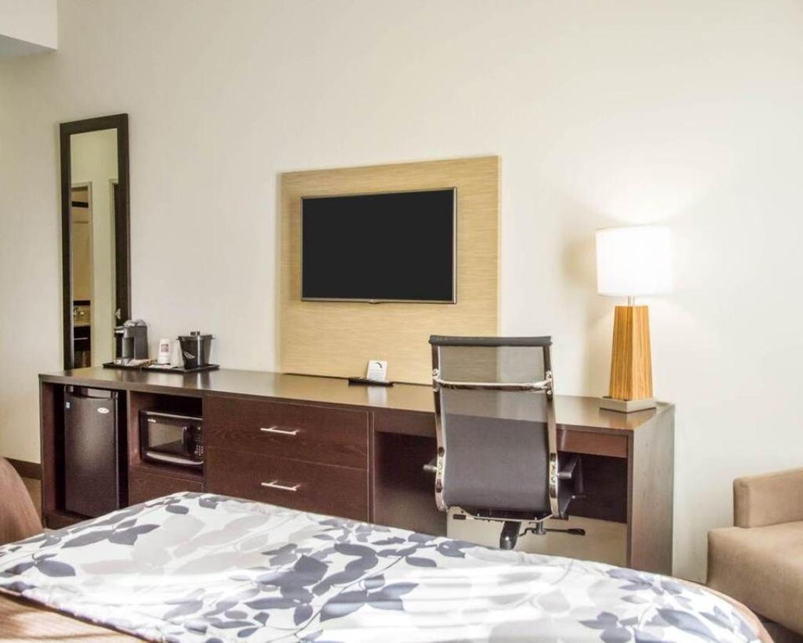 room-5.jpg