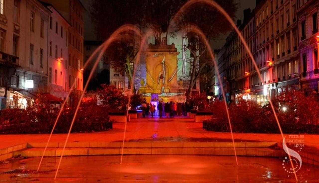 projection_artway_chartres_gailleton_fdl2014_laurent_cerino004.jpg