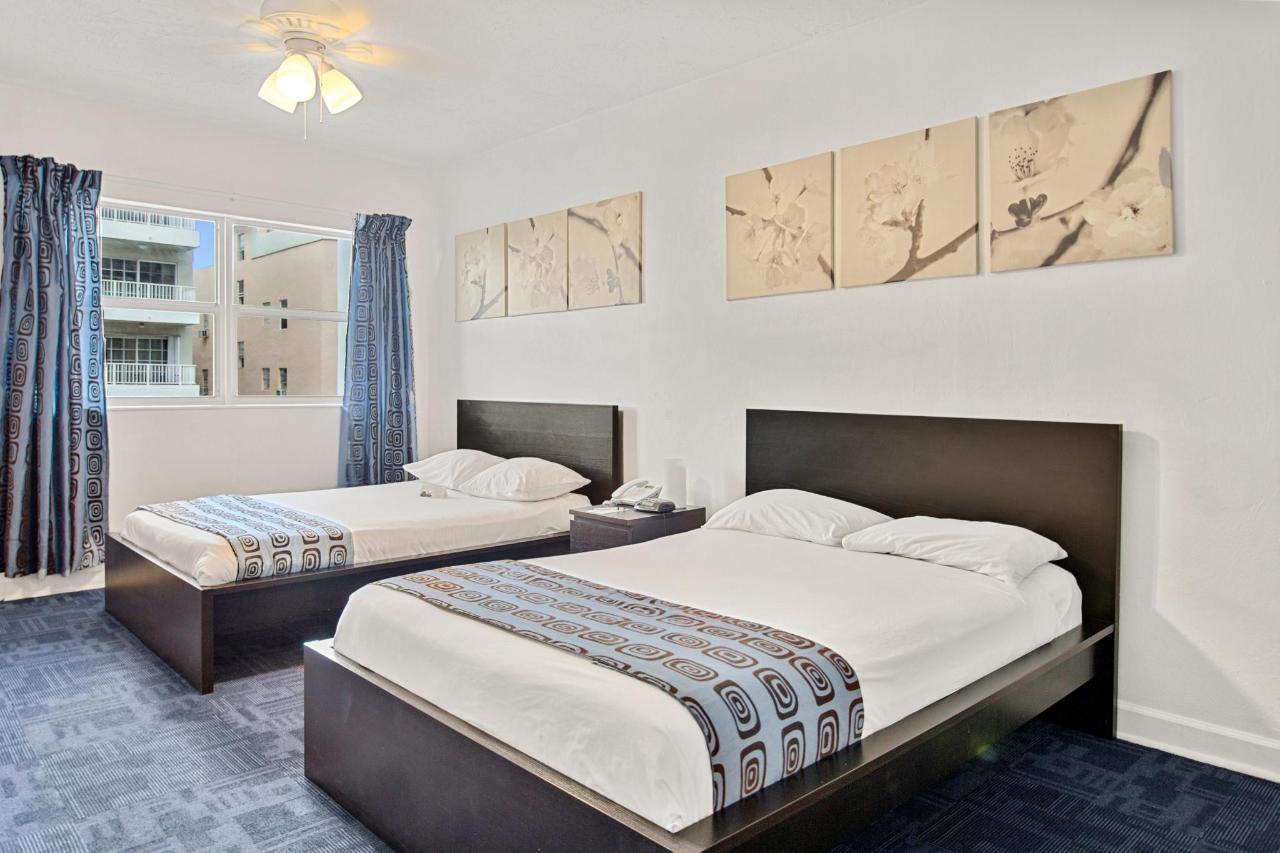 Room 227-1.jpg