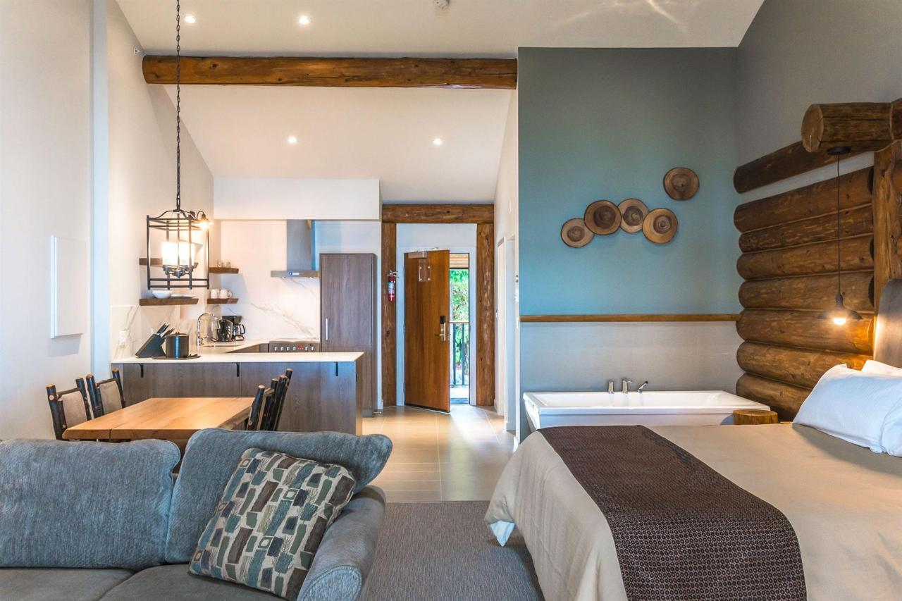 Tigh-Na-Mara Seaside Spa Resort Ballenas Interior