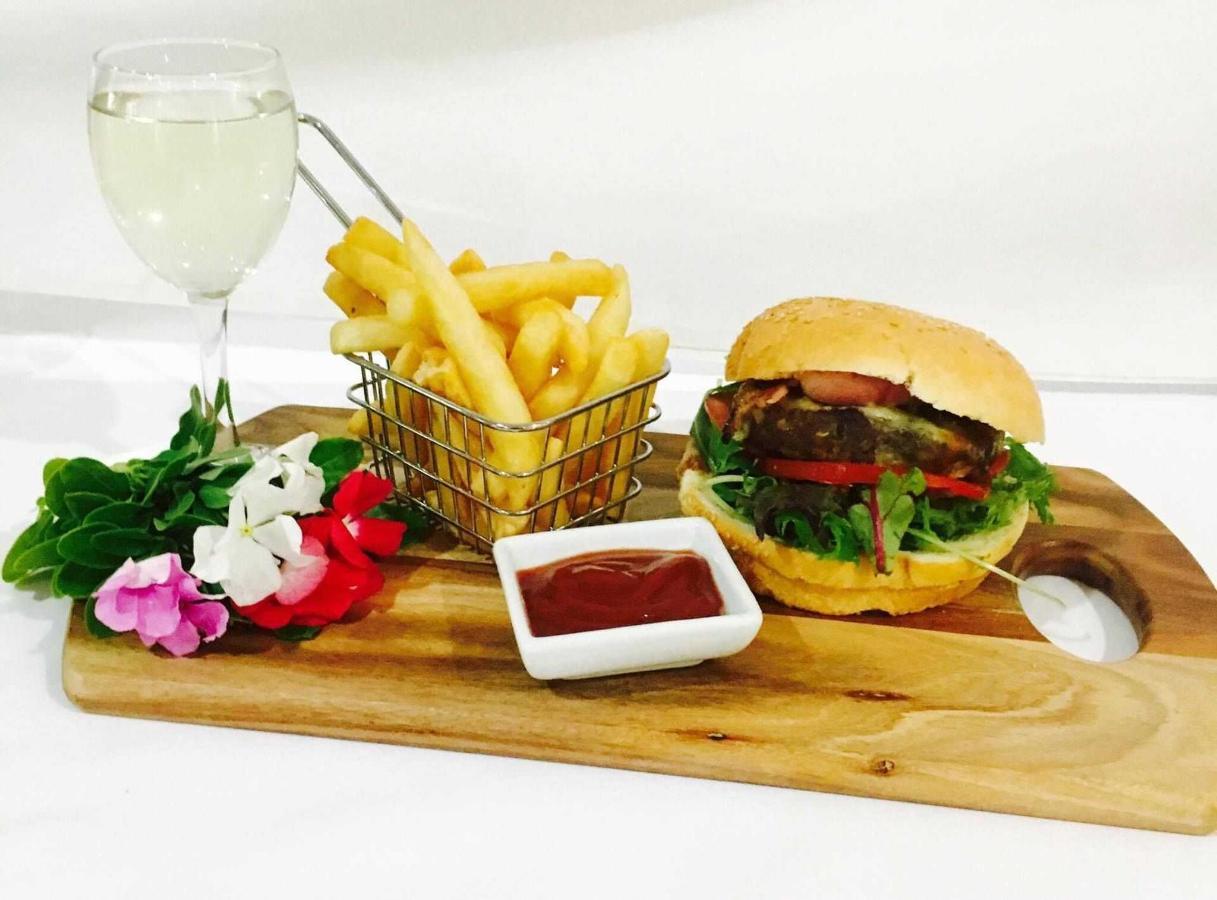 burger-deal-2.jpg
