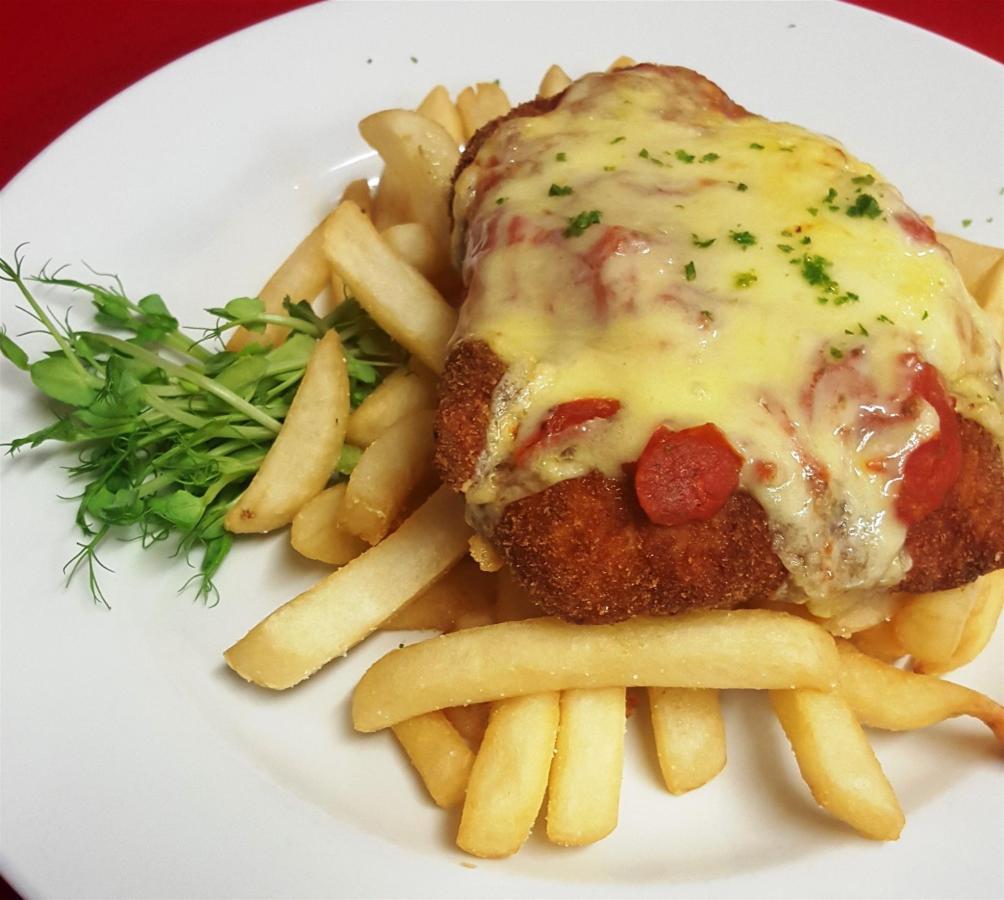 chicken-parmigiana.jpg