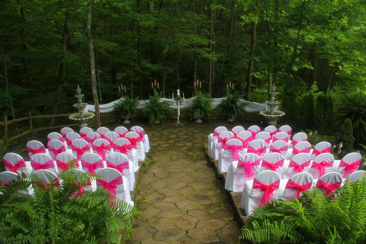 chapel-at-the-park-outdoor-wedding-center.jpg