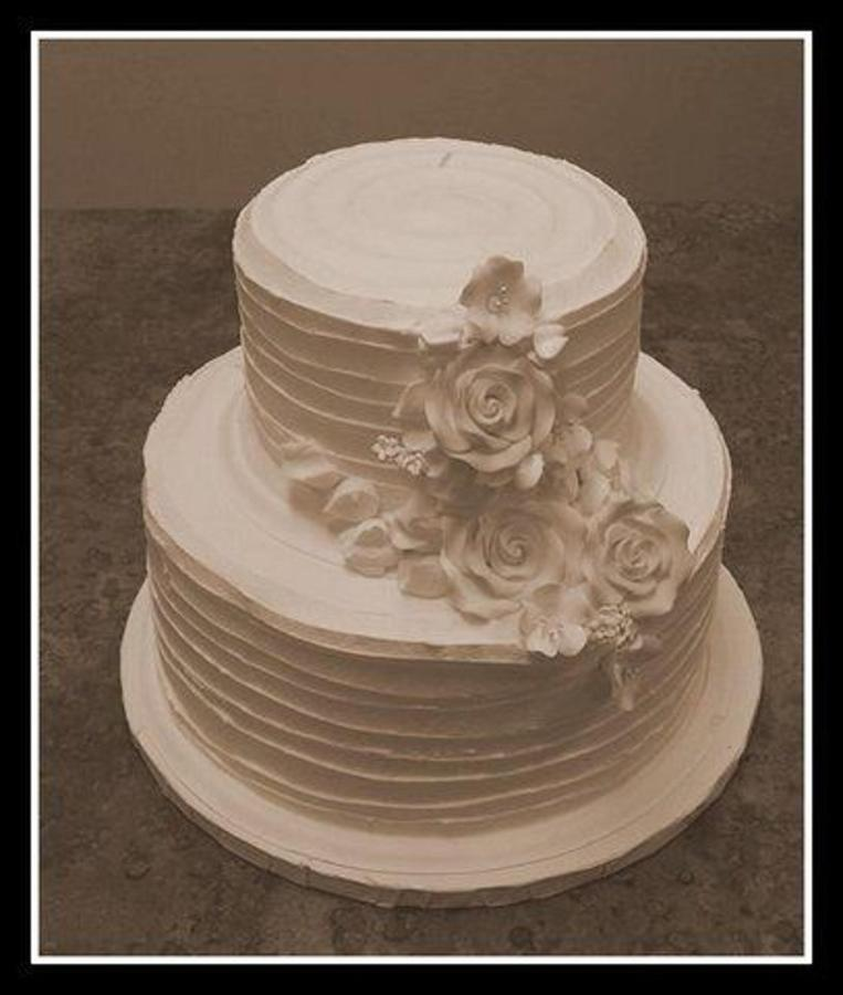 wedding-cake-waves-and-roses.jpg