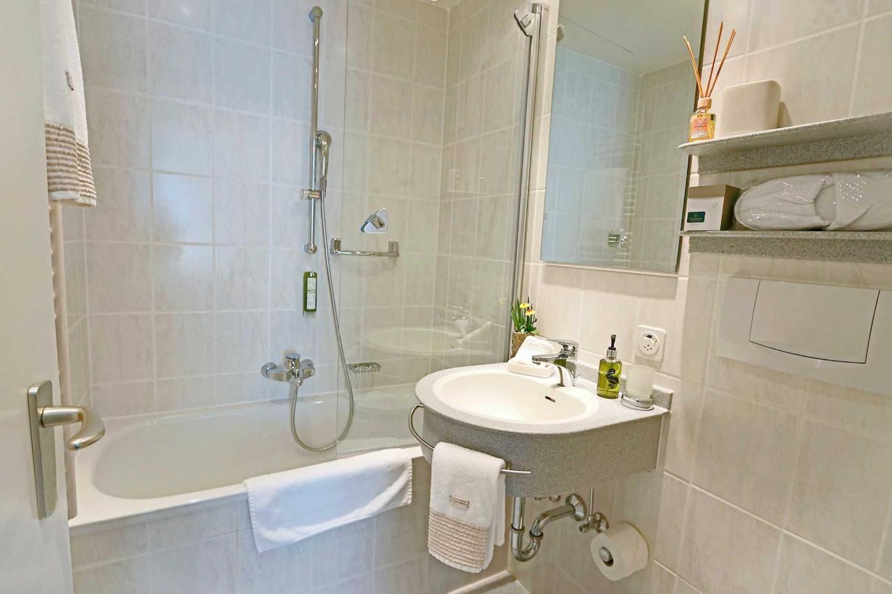 WC Einzelzimmer Superior.jpg