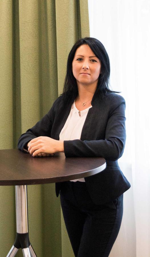 Marcela Hagarova,Hausdame.JPG.jpg