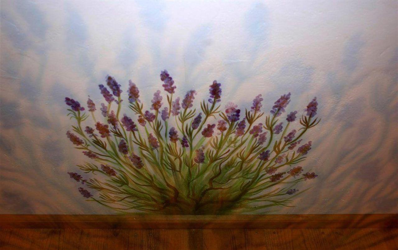 Lavender room.jpg