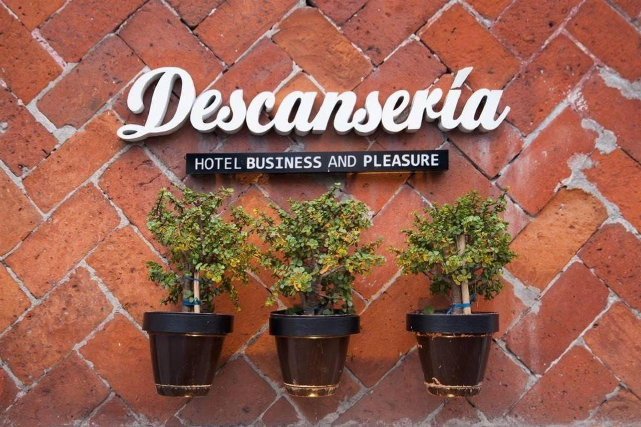 Descanseria Hotel Business and Pleasure